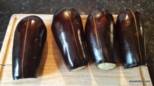 Sliced aubergines