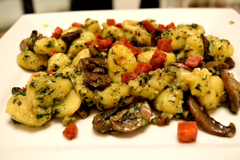 Gnocchi with Basil Pesto and Mushrooms