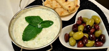 Greek Tzatziki Dip in 3 Easy Steps