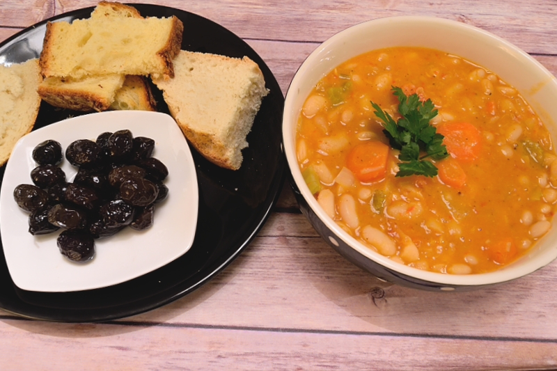 Greek Bean Soup with Carrots and Celery (Fasolada)