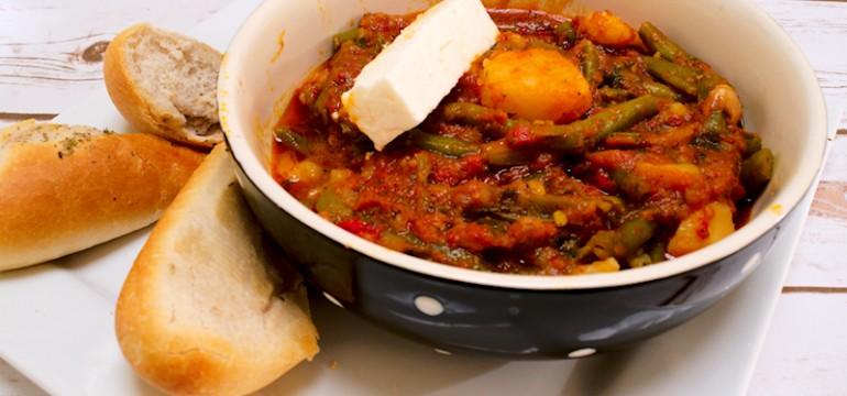 Vegetarian Green Bean Stew in a Rich Tomato Sauce