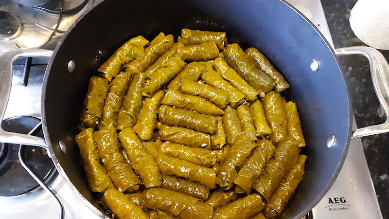 Stuffed Vine Leaves (Dolma Yalanci)