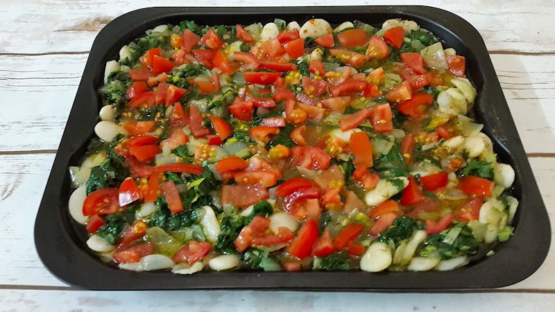 Butter Beans and Spinach Casserole (Gigantes me Spanaki)