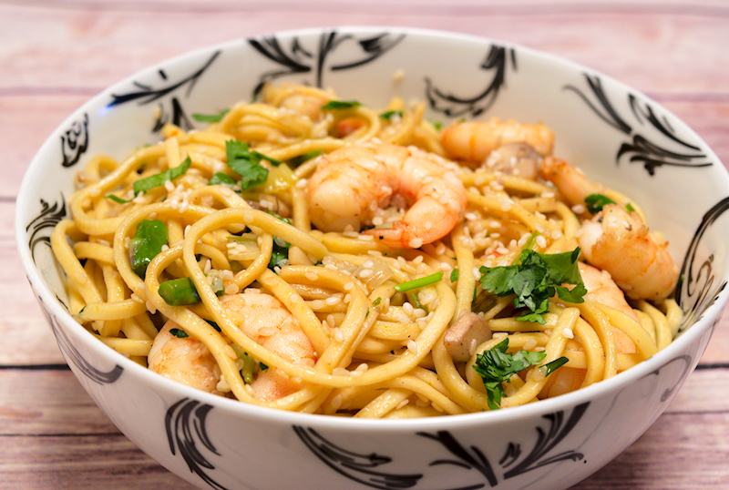 Spicy Asian Noodles with Shrimps and Mushrooms