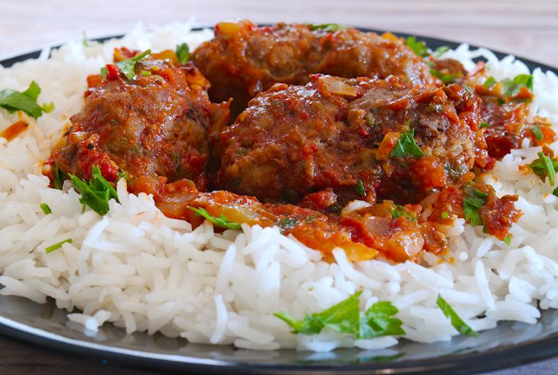 Greek Meatballs in Tomato sauce (Soutzoukakia)